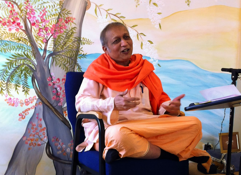 You are currently viewing Karma Yoga Retreat – Swami Yogatmananda