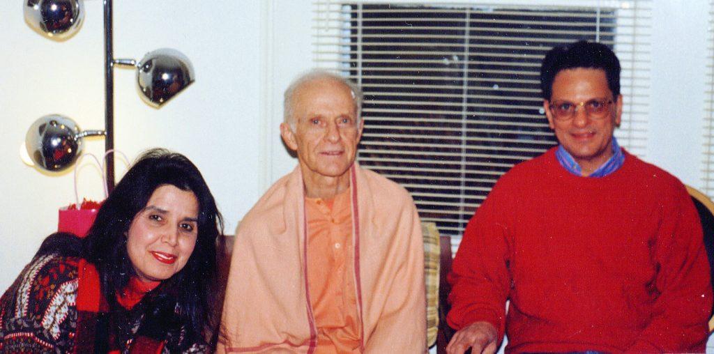 Swamiji with Uma and Bhagirath Majmudar